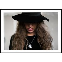 HAT PORTRAIT COLOR - Poster 50x70 cm
