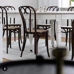 Denna underbara stol hittar Du p? v?r hemsida, den heter Stol No 16 och finns i m?nga olika utf?rande! En riktig dr?m Bild: @karinjohanssonfotograf