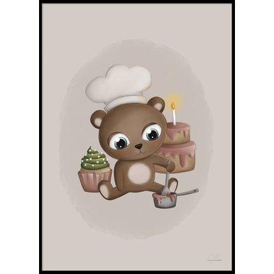 BAKING BABY BEAR - Poster 50x70 cm