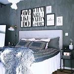 Som vi gillar detta sovrum hemma hos @themalinronnquist Swipa f?r att kolla in de snygga s?ngborden i svart marmor Finns ?ven med gr?n eller vit marmor!