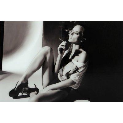 Glastavla Woman with cigarette - Svart/vit